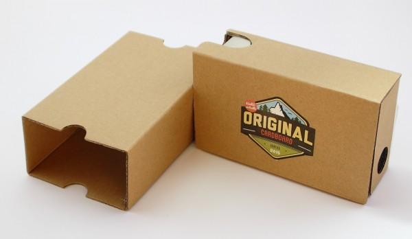 Original-Cardboard-Sorti-de-lEtui